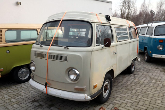 volkswagen t2a westfalia old bulli berlin. Black Bedroom Furniture Sets. Home Design Ideas