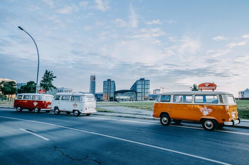 Old Bulli Berlin - Bulli Shuttlefahrt - Shuttleservice Berlin - Mit Vintage Flair durch Berlin