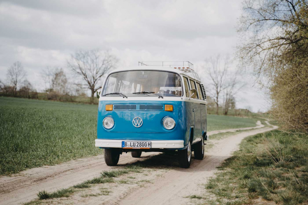 Mrs. Eveline Bulli mieten München Fotobulli Hochzeitsauto Bus Van Photobooth Oldtimer vermietung#14