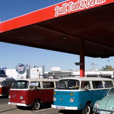 Die große Liebe zum VW Bus - So wurde aus der Leidenschaft ein Beruf - Old Bulli Berlin
