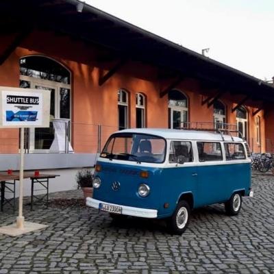Old Bulli Berlin - Shuttleservice - VW T2 - Bulli - Vermietung