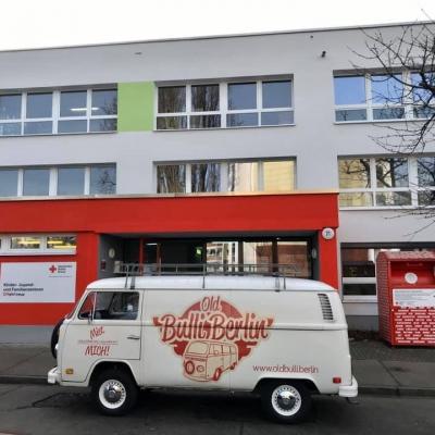 Old Bulli Berlin - Kleiderspende - DRK Marzahn