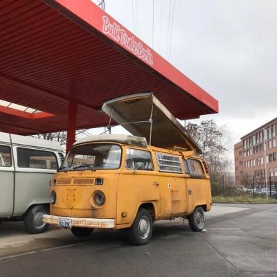 Old Bulli Berlin - Bulli-Handel - Bulli-Verkauf - Volkswagen T2b Westfalia