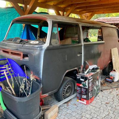 Old Bulli Berlin - Bulli-Handel - Bulli-Verkauf - VW T2b Postbus