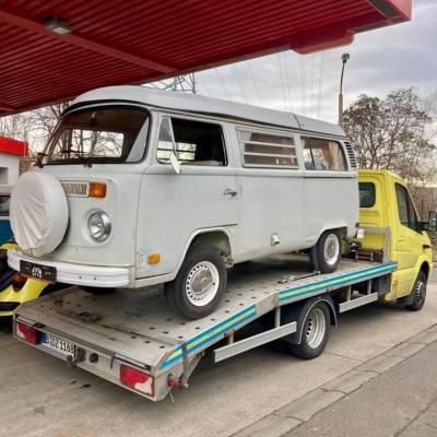 Old Bulli Berlin - Bulli-Handel - Bulli-Verkauf - VW T2b Westfalia - Eisstrahlen