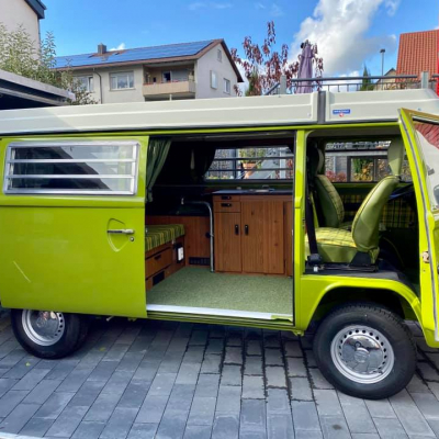 Old Bulli Berlin - VW T2b Westfalia